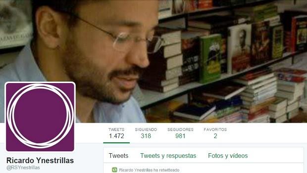 Ynestrillas ha ilustrado su cuenta personal de Twitter con el símbolo de Podemos.