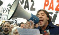 """Bardem gritando """"No a la guerra"""""""