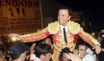 Ortega Cano, a hombros en Benidorm el año pasado