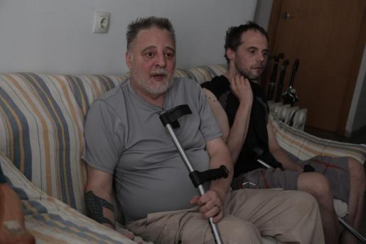 Leonardo y Eduardo piden ayuda para poder recuperar su pensión (foto Última Hora)