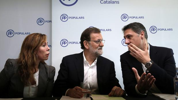 Sánchez-Camacho, Rajoy y Albiol, en un acto de partido en Barcelona