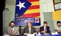 Mariano Rajoy, siendo ministro de Administraciones Públicas, participando en un acto de jóvenes independentistas catalanes.