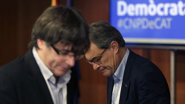 Artur Mas y Carles Puigdemont, en un reciente acto de su partido, el PDECat -la antigua Convergencia