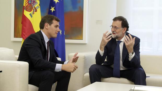Rajoy y Rivera.
