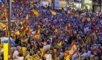 Miles de personas apoyando a la Guardia Civil de Zaragoza