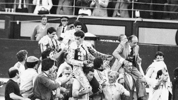 Victorino Martín, José Luis Palomar, Ruiz Miguel y Esplá salen a hombros de Las Ventas en la llamada Corrida del Siglo -