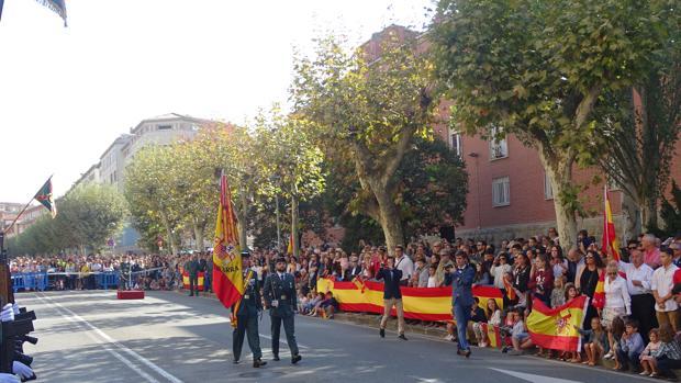 Desfile del 12 de Octubre en Pamplona