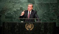 """El presidente turco, Recep Tayyip Erdogan, proclamó que """"las mujeres deberían saber cuál es su sitio"""" y que la igualdad entre los sexos """"va contra la naturaleza humana"""""""