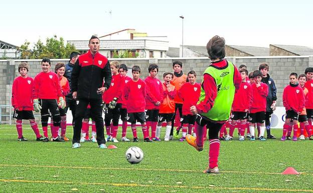 athleticbilbaohispanofobiariojanosrumanossupremacismo · (El Correo) 37826be27f3d2