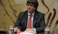 Carles Puigdemont preside la reunión del Gobierno catalán celebrada este martes 24 de octubre en el palacio de la Generalitat, en Barcelona