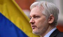 """La larga mano de Assange en el """"procés"""" sale a luz."""