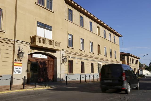 Edificio del cuartel de Sancho Ramírez, en Huesca, donde se instalará el Cuartel General de la División Castillejos (Heraldo).