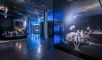 Dos imágenes de la exposición sobre Marte de Fundación Telefónica.