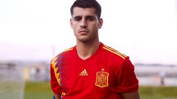 Morata, con la nueva camiseta de España - SeFutbol