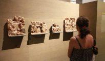 El público sigue contemplando las obras en Lérida. El Museo de Lérida abrió ayer al público (el lunes cerró por descanso semanal) sin realizar ningún cambio en la exhibición de las obras de Sijena, que siguen en el mismo lugar. (Heraldo)