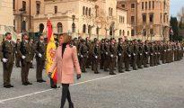 María Dolores de Cospedal, pasa revista a las tropas
