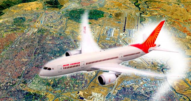 Un avión de Air India sobrevolando Madrid