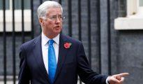 Michael Fallon, ministro de Defensa de May que dimitió por un escándalo sexual