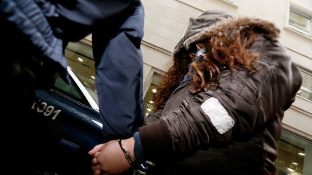 Imagen de la condenada a su llegada al juicio