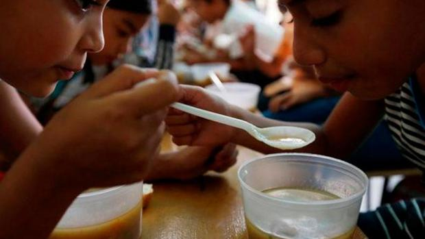 Los niños son los más perjudicados por la escasez.