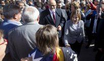 El vicepresidente primero de la Mesa del Parlament, Lluís Corominas, y la presidenta del Parlament, Carme Forcadell.