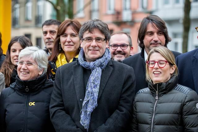 Puigdemont, junto a miembros de JxCat en Bruselas