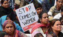 Una de las múltiples protestas en India contra las violaciones de mujeres