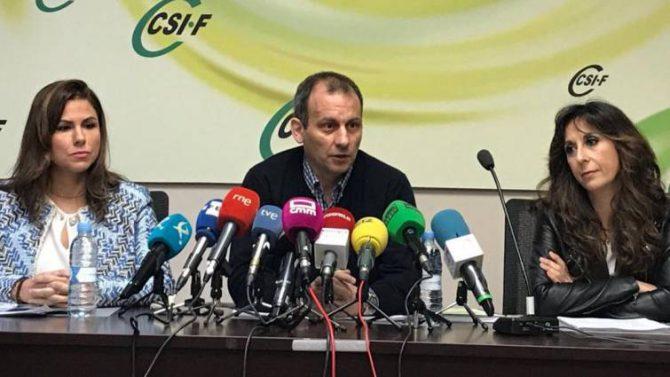 Mario Gutiérrez, presidente de CSIF, durante la presentación del estudio
