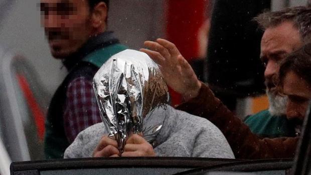 «El Chicle», a su salida el pasado domingo de la fábrica donde escondió el cadáver de Diana Quer