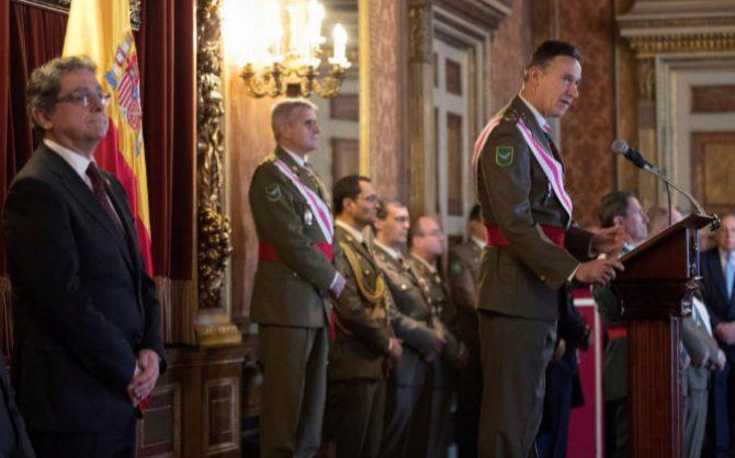 Fernando Aznar Ladrón de Guevara, inspector General del Ejército, durante su discurso en el acto de la Pascua Militar.