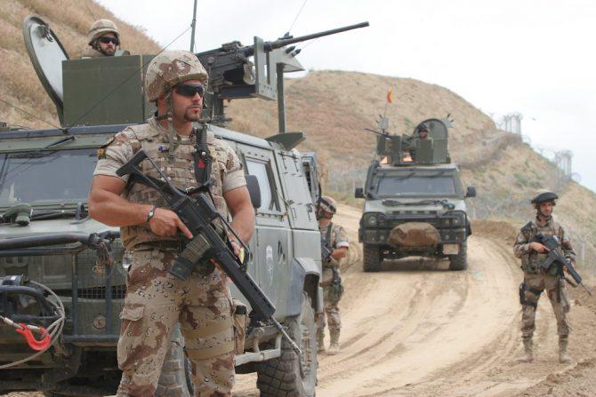 Legionarios españoles durante una patrulla en Badghis.