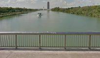 Puente de la Barqueta, donde se citaron los ultras (Google Maps)
