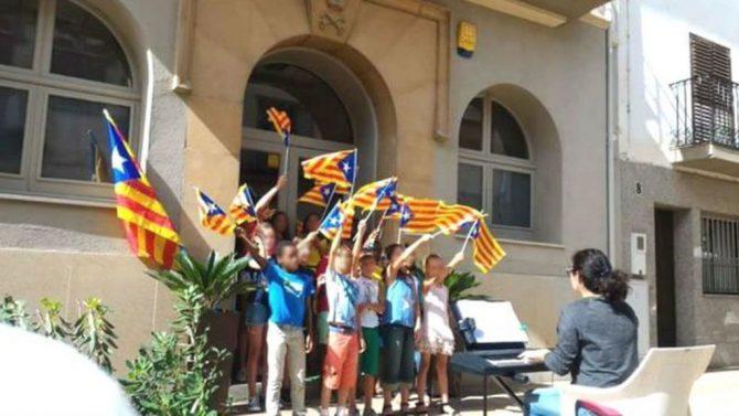 Escolares catalanes.