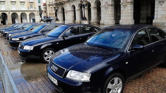 Coches oficiales.