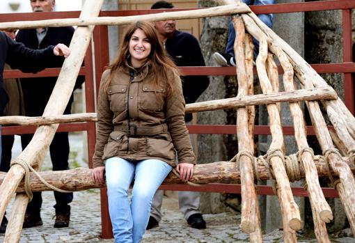Carolina, una joven que «debutó» en el forcón