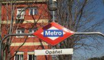 El agresor las seguía desde la salida del Metro de Opañel, en el distrito madrileño de Carabanchel.