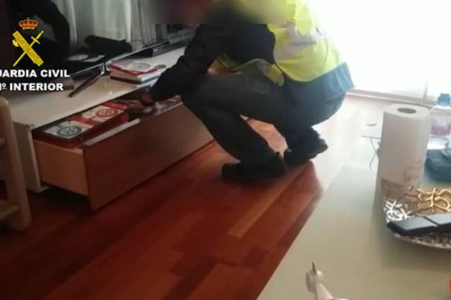 Registro de la vivienda del detenido/ Guardia Civil