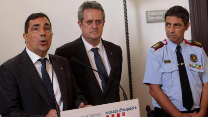 Pere Soler, junto a Joaquim Forn y Josep Lluìs Trapero