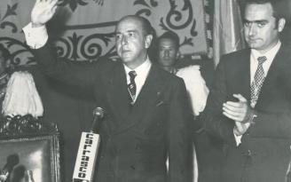 José Utrera Molina siendo ministro. A su izquierda, un joven Francisco de la Torre, entonces presidente de la Diputac ión y hoy alcalde de Málaga.