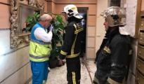 Bomberos en el lugar de los hechos - Emergencias 112 Com. Madrid