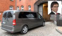 Una furgoneta traslada a Puigdemont a la cárcel de Neumuenster, en Alemania