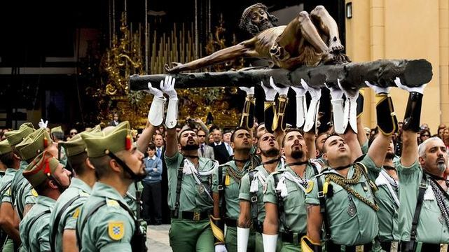 Un fenómeno social en aumento: La fuerza de la Legión lleva a Málaga ...