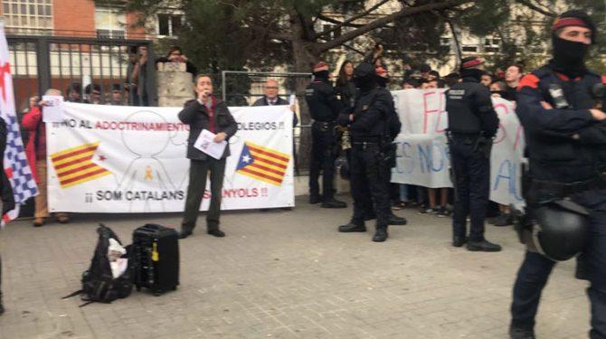 Manifestación en el IES Joan Boscà