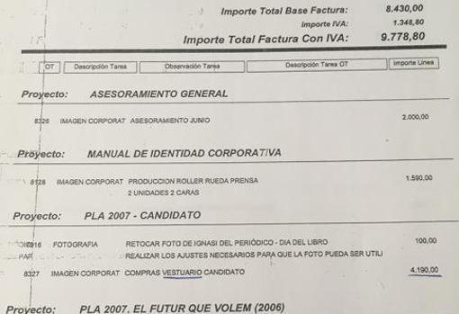 Imagen de una de las facturas que obran en poder de los investigadores.