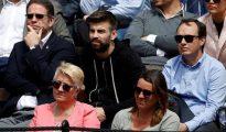 Piqué, en la grada durante el partido entre David Ferrer y Alexander Zverev.