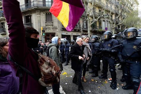 Protestas en Barcelona por la detención de Puigdemont en Alemania
