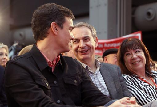 Imagen de Sánchez, Zapatero y Narbona tomada en Madrid.