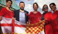 Miembros y simpatizantes de Tabarnia en la Feria de Abril de Barcelona