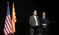 El entonces delegado del Govern en EEUU Andrew Davis con el exvicepresidente de la Generalitat Oriol Junqueras, en una imagen de mayo del 2017.