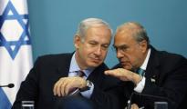 Benyamin Netanyahu junto al ministro de Energía israelí, Yuval Steinitz